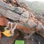 Kilian Fischhuber bouldert in Südafrika
