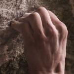 Adam Ondra klettert zwei der härtesten Boulder der Welt