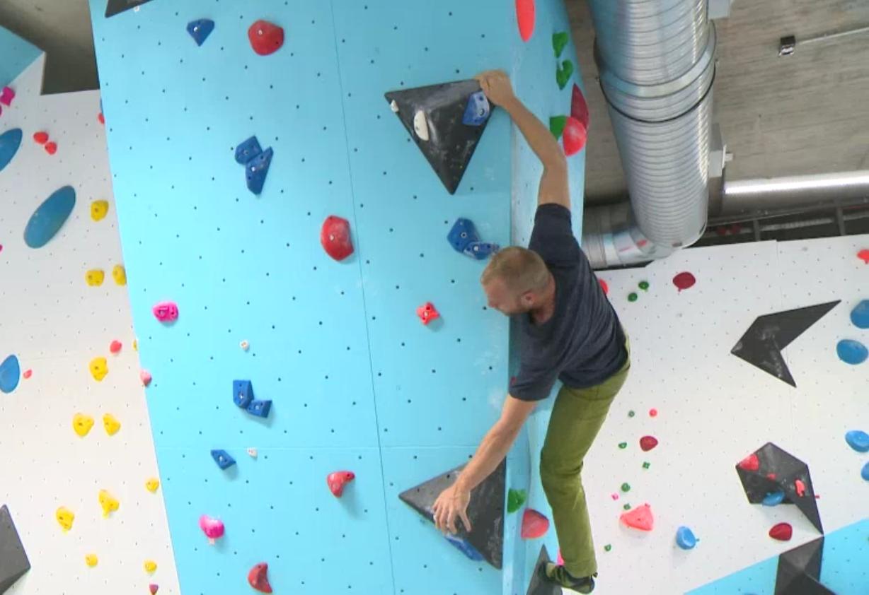 Kletterausrüstung Rostock : Klettern in rostock infos zu kletterhallen und kletterwänden